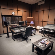Control room01